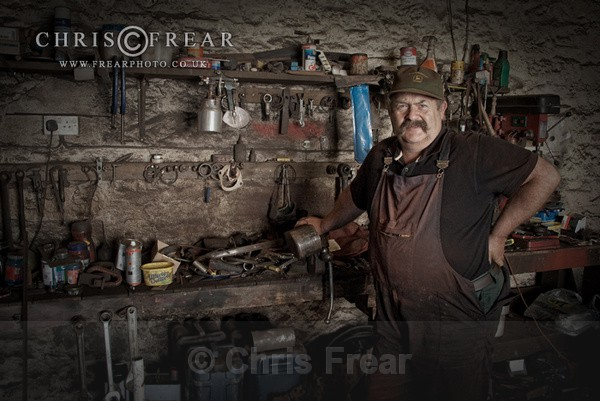 Tractor Alan II - Workshop Portraits