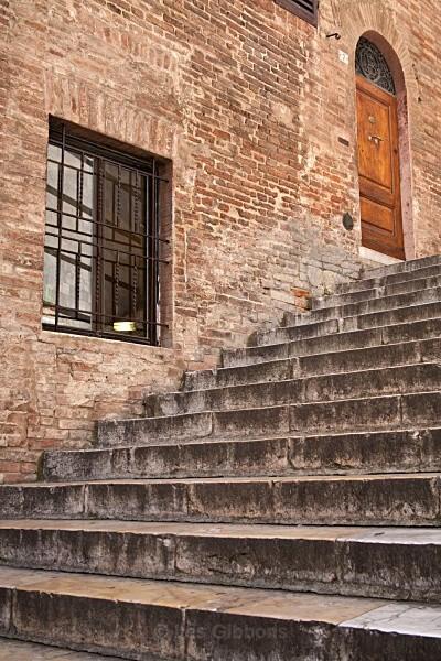 the steps - Tuscany