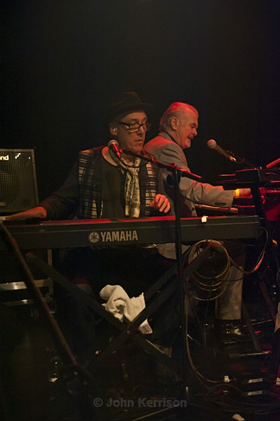Chaz Jankel and Mick Gallagher of the Blockheads - Concert