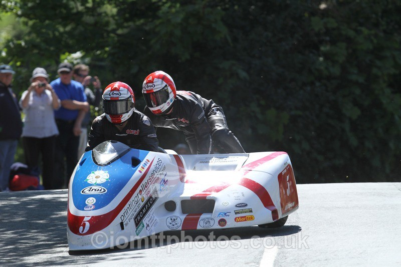 IMG_2287 - Sidecar Race 2 - TT 2013