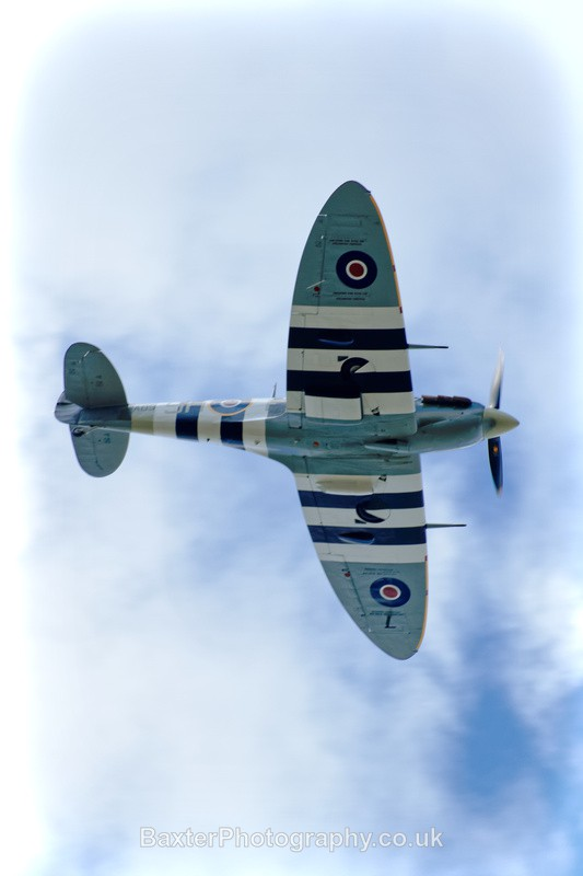 Spitfire in Flight (2) - Miscellaneous