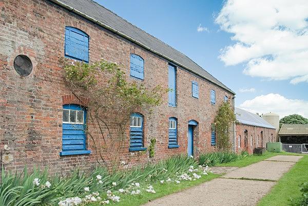 25 - Oxcombe Pottery Shoot