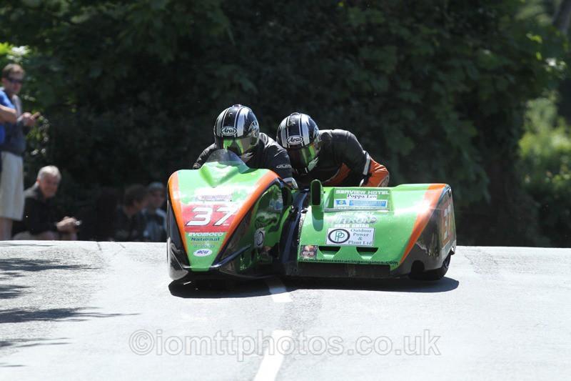 IMG_2410 - Sidecar Race 2 - TT 2013
