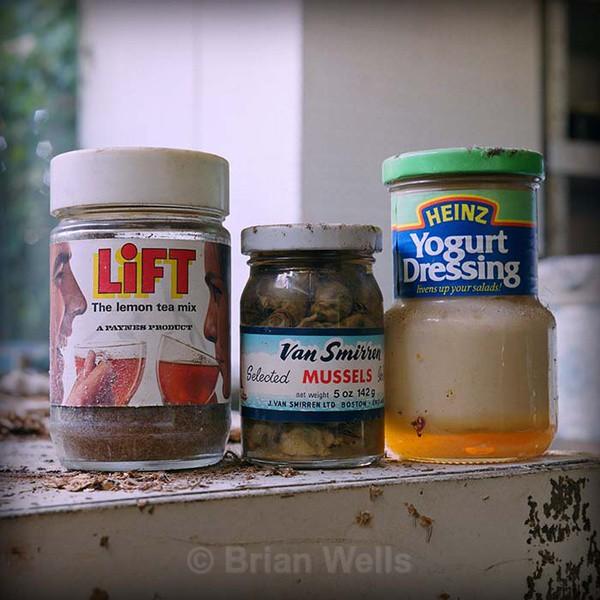 '3 Jars Full' - 'Ye Olde Curiosity Shoppe'