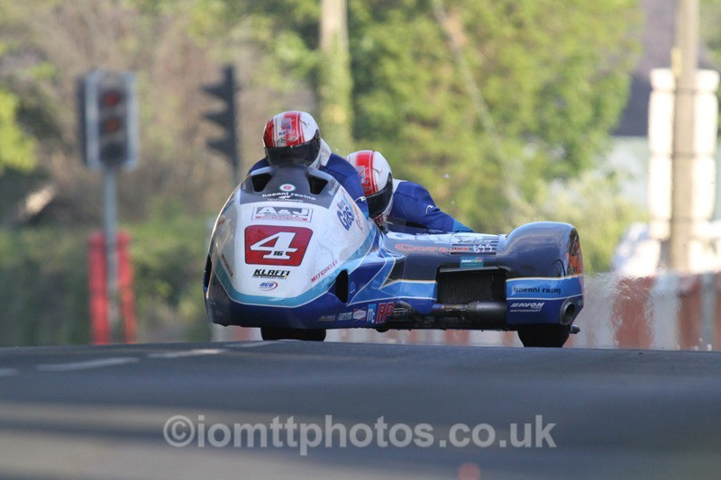 IMG_5432 - Thursday Practice - TT 2013 Side Car