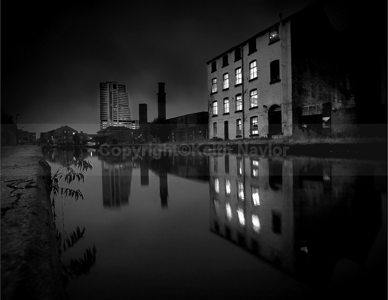 Bridgewater Place mono - 2009