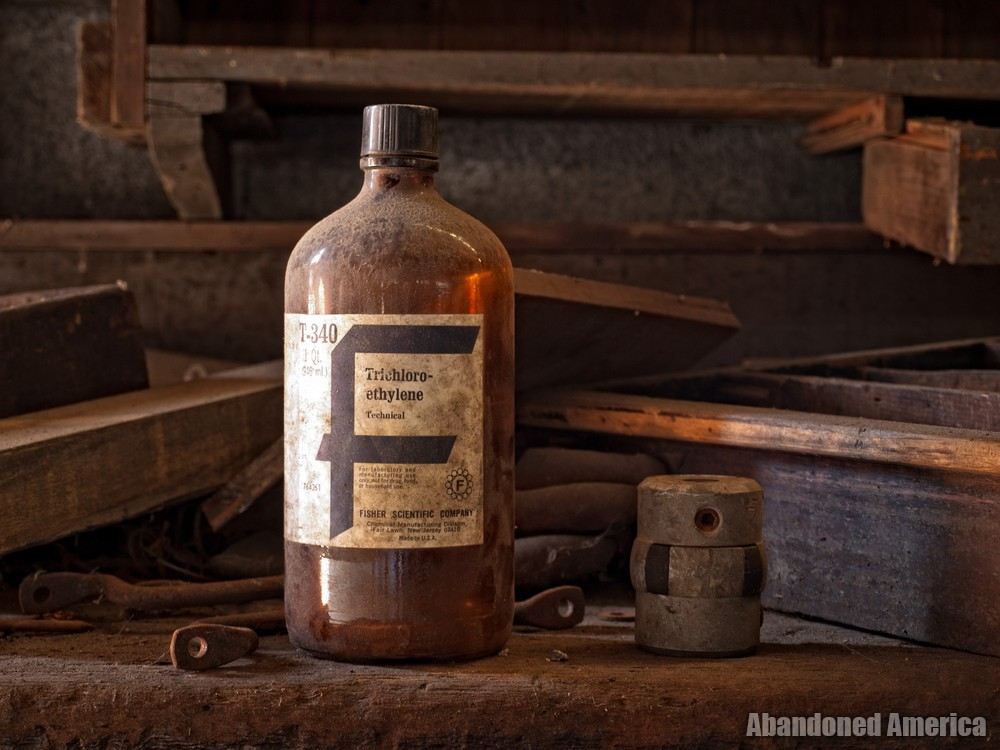 New Jersey Zinc (Palmerton, PA) | Trichloro-ethylene Bottle - New Jersey Zinc