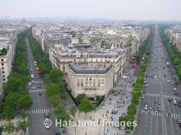 Avenue des Champs-Elysees in summer - places
