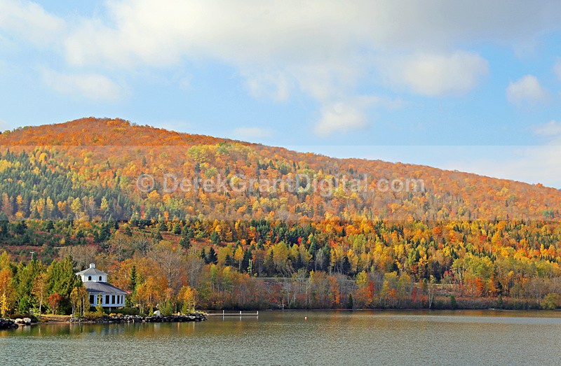 Lac Baker Lake Fall Foliage Spectacular - New Brunswick Autumn Foliage