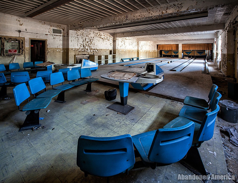 Rockland State Hospital (Orangeburg, NY) | Bowling Alley - Rockland State Hospital