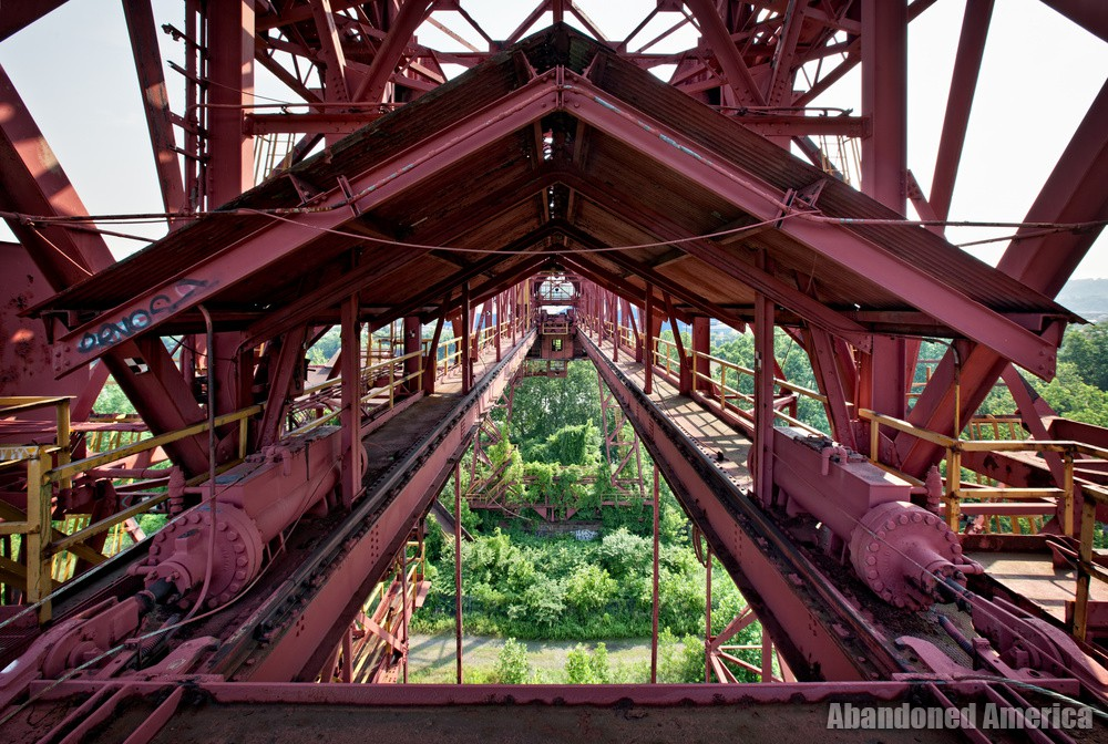 Carrie Furnaces (Rankin, PA)   Gantry Symmetry - Carrie Furnaces