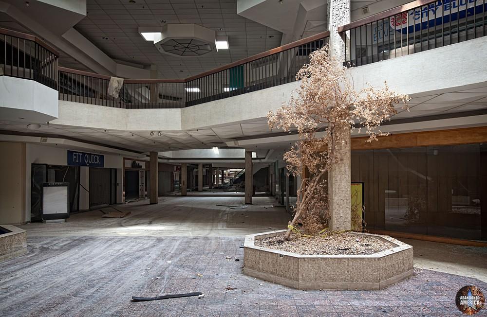 Randall Park Mall (North Randall, OH) | Parched - Randall Park Mall