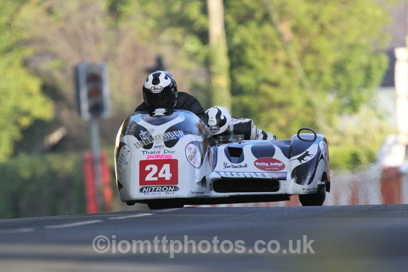 IMG_5514 - Thursday Practice - TT 2013 Side Car