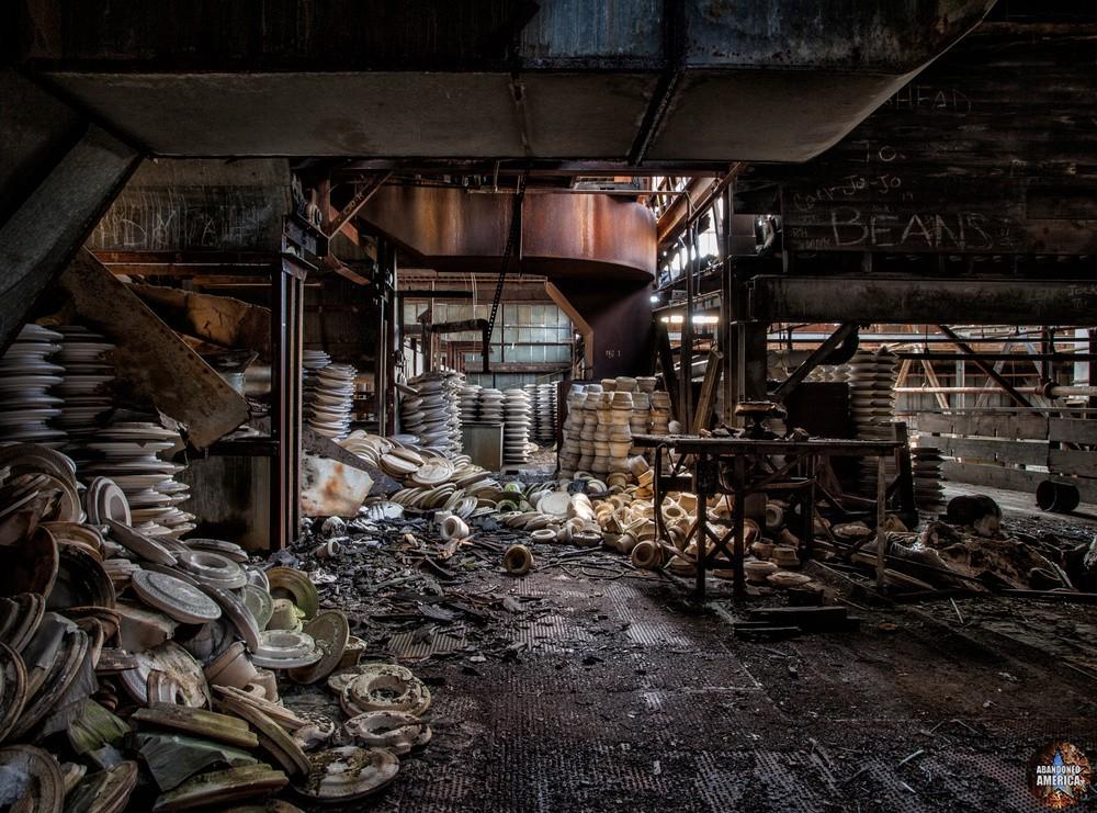 Conquistador China Plant - Matthew Christopher Murray's Abandoned America
