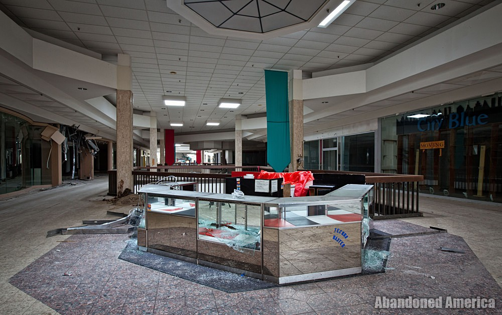 Randall Park Mall (North Randall, OH)   Techno Master - Randall Park Mall