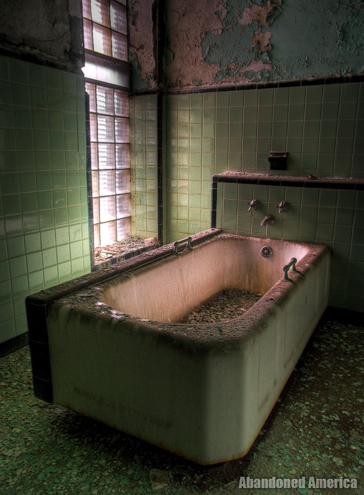 Sink Into the Illness   Abandoned America