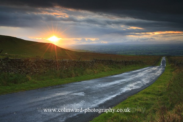 Road to the Lakes. Ref no 9477 - The Pennines and The Lake District