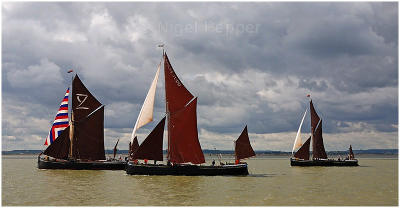 Racing Trio (1) - The Thames Barge Match