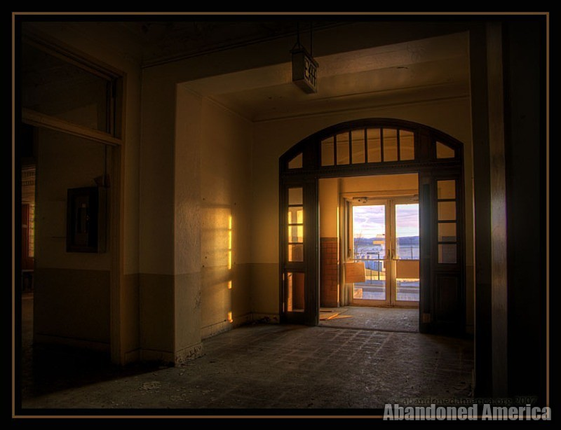 Abandoned Air Force base - Matthew Christopher's Abandoned America