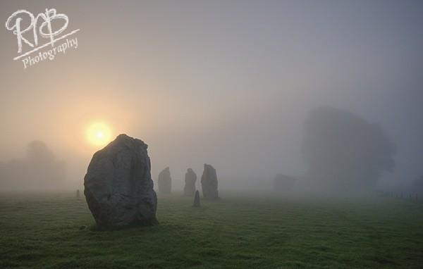 Avebury Misty Dawn 1 - Avebury