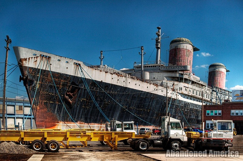 the long path towards prosperity | SS United States (Philadelphia, PA) - SS United States