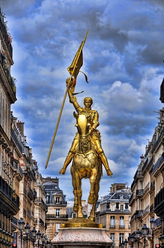 Joan D'Arc Statue - Paris