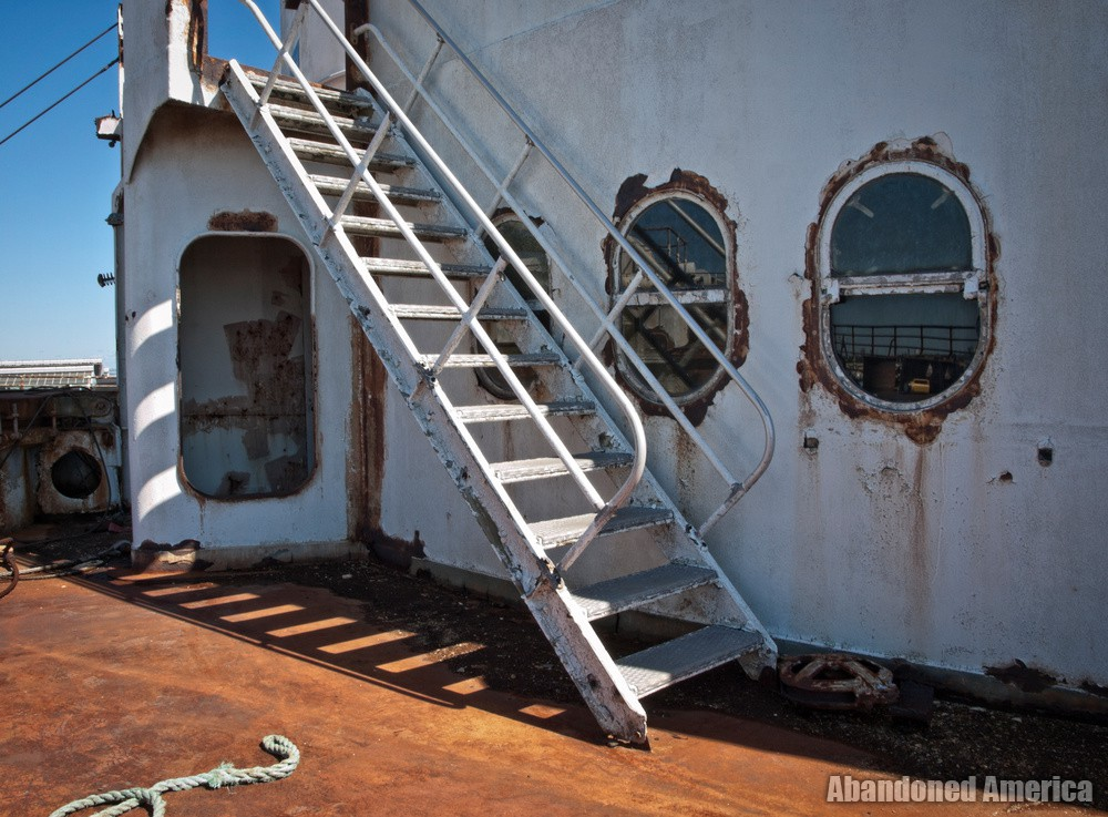 Sun-Drenched   SS United States (Philadelphia, PA) - SS United States