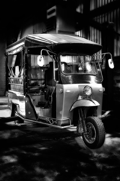 Sik Tuk Tuk - TRANSPORT