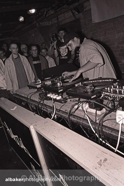 43 - DJ Q Bert @ Sankeys Soap 09.07.02