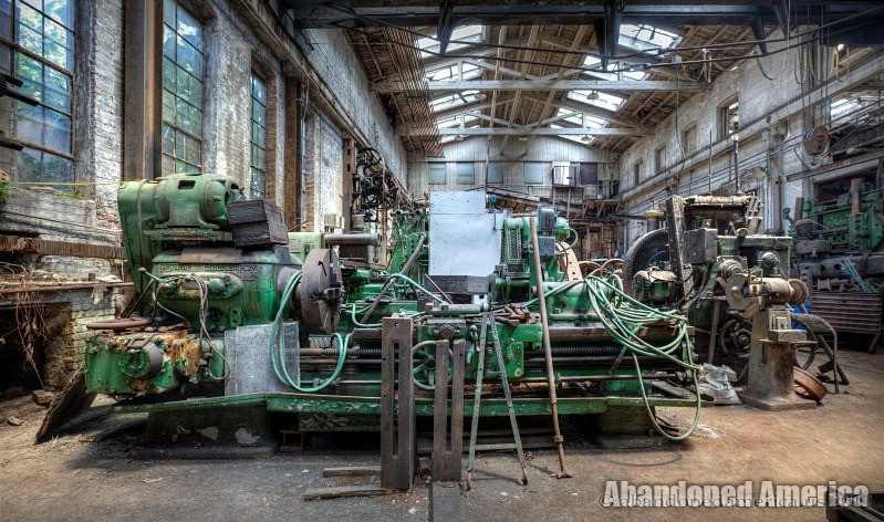 Watts Campbell Machine Shop - Matthew Christopher's Abandoned America