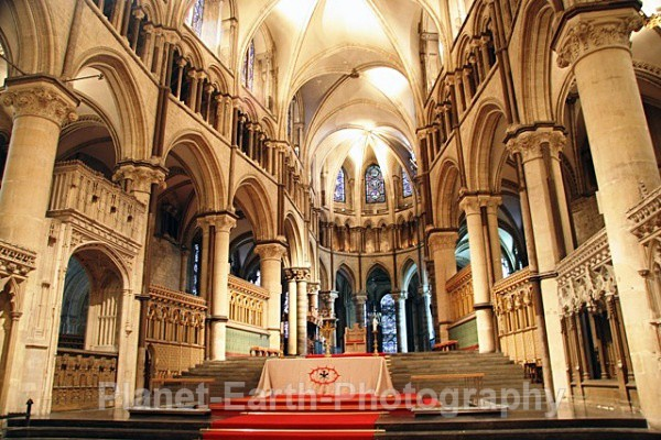 Canterbury Cathedral - Buildings / Structures