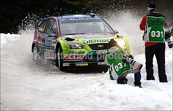 latvala  close or what - Swedish Rally 2008