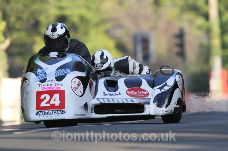 IMG_5517 - Thursday Practice - TT 2013 Side Car