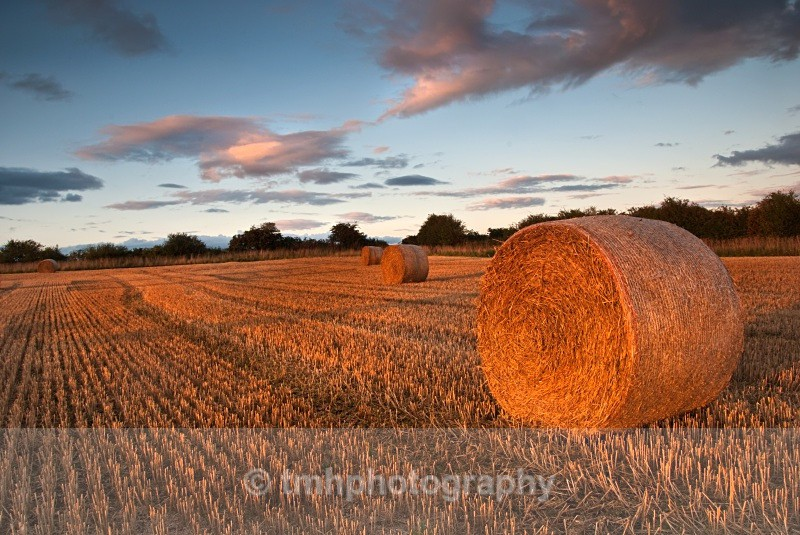 Bales at Sunset - Creative Scenery