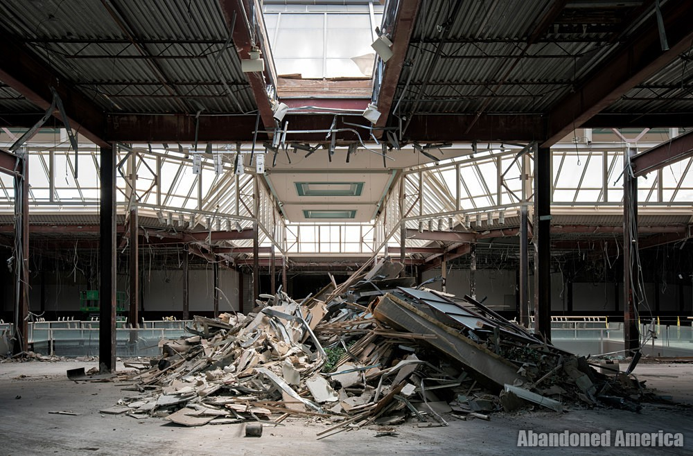 Owings Mills Mall (Owings Mills, MD) | Debris - Owings Mills Mall