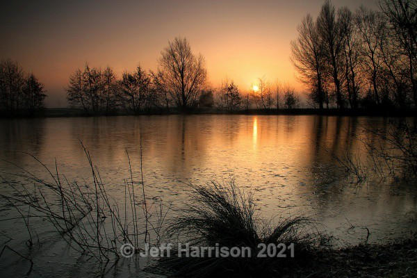 Winter Sunrise (image Wint Sun 01) - Waterscapes and Waterfalls