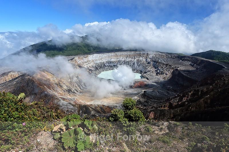 Poas Volcano crater, Costa Rica - Costa Rica