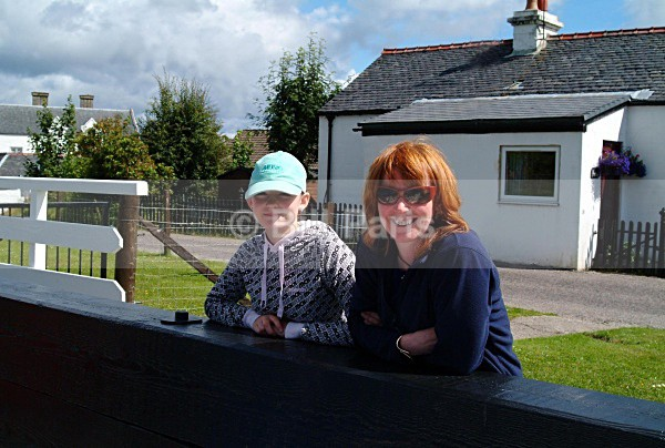 Yacht Crew Crinan Canal - Land and Sea