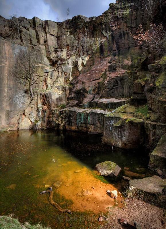 hathersage quarry pool_edited-1jpg - Peak District