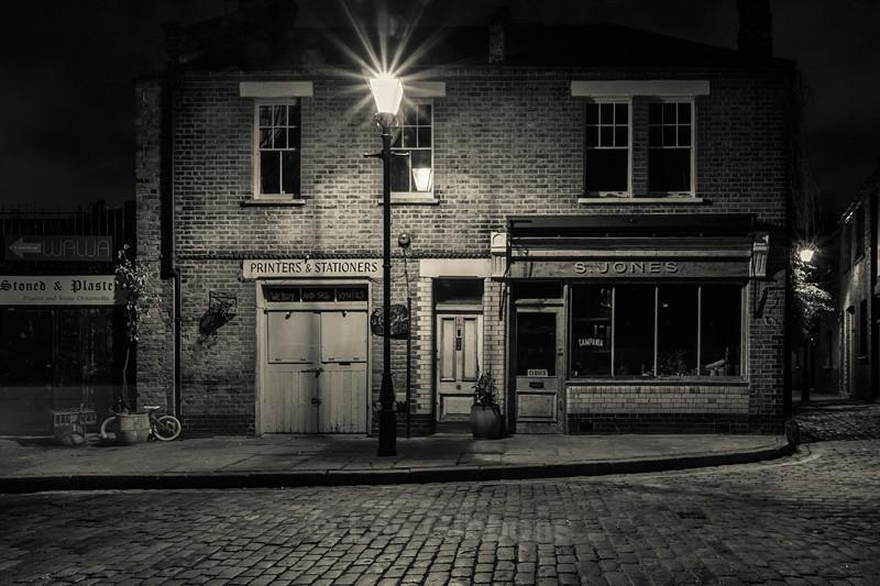 Jones 2 - London