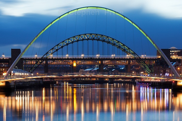 Gateshead River Tyne Bridges at Night |Through the Arches