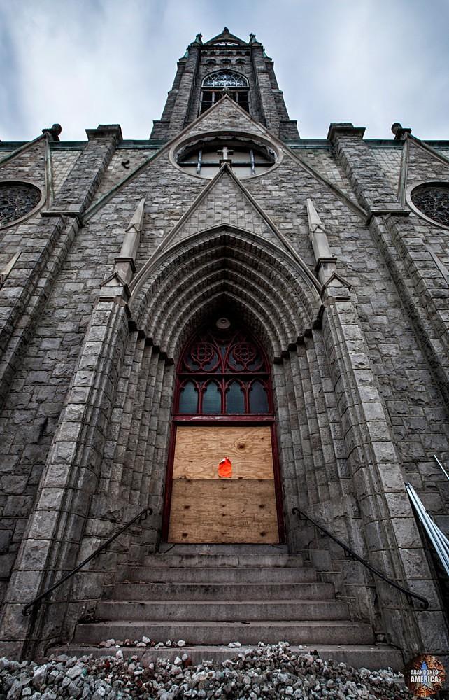 St Bonaventure Church (Philadelphia, PA) | Front Steps - St. Bonaventure Roman Catholic Church