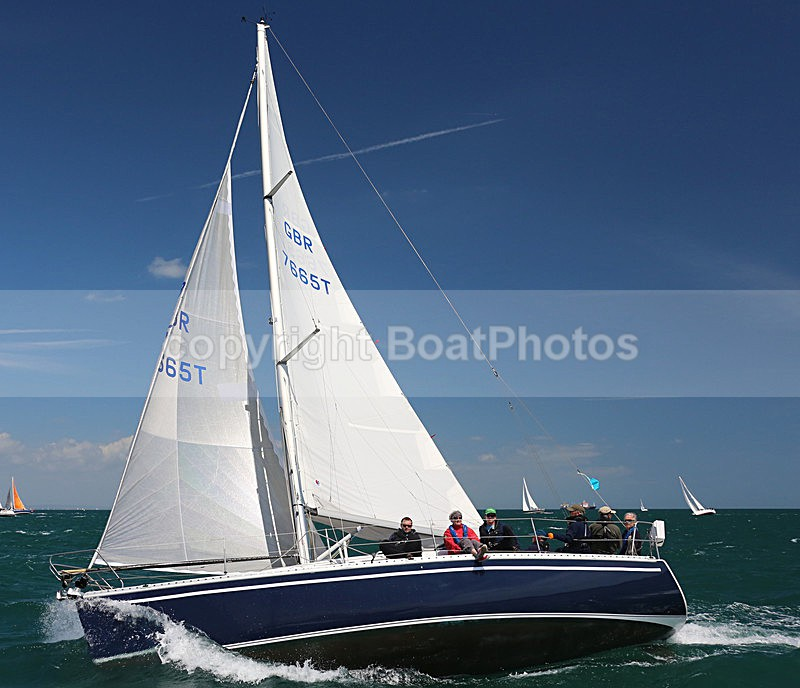 150627 GBR 7665T WT7A9260_P - ROUND THE ISLAND RACE - SATURDAY 27th JUNE 2015