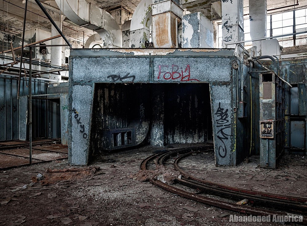 Fisher Body Plant 21 (Detroit, PA) | Tunnel of Love - Fisher Body Plant 21