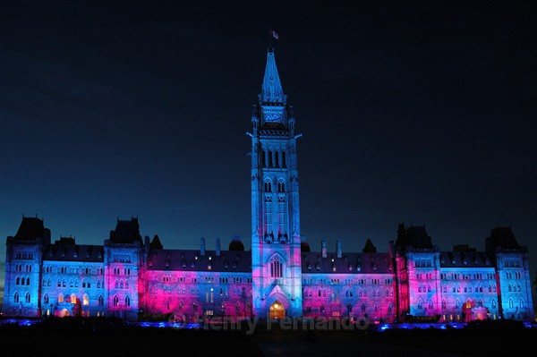 Parliament Light Show 2 - Summer