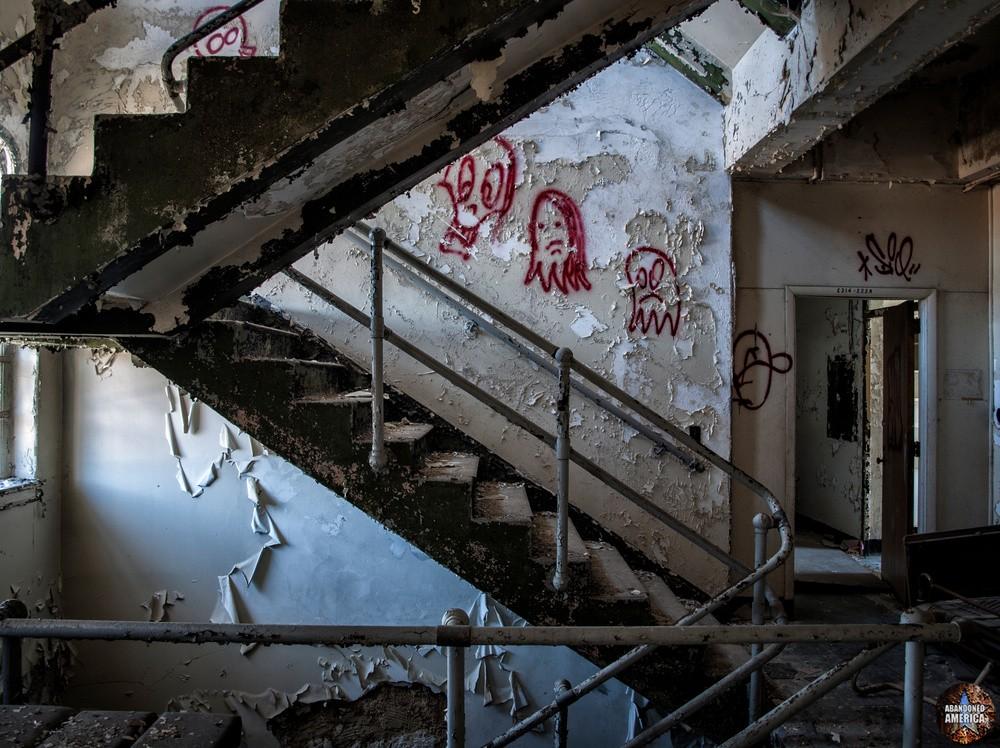 Sydenham/Montebello Hospital (Baltimore, MD) | Ghostly Sightings - Sydenham/Montebello Hospital