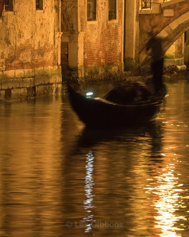 Night rowing - Venice