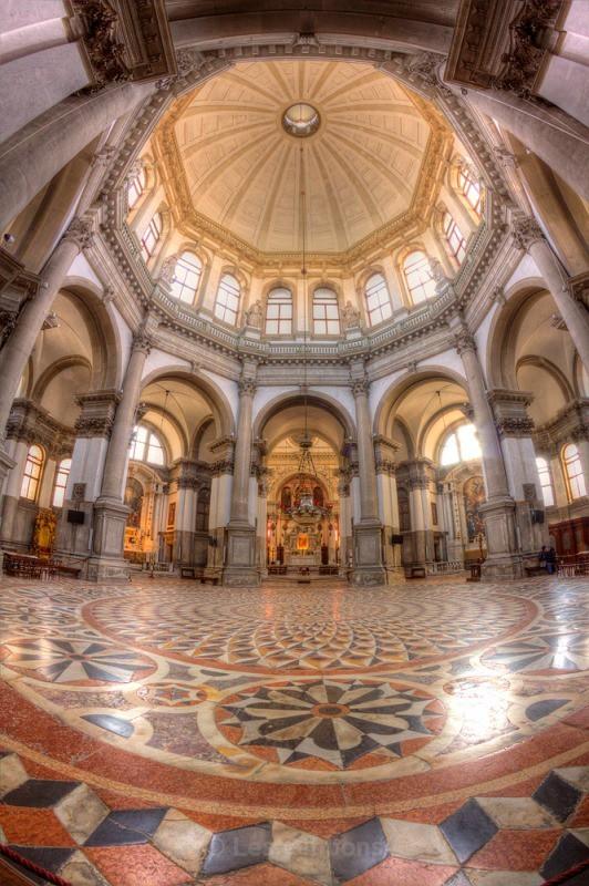 santa maria della salute interior - Venice