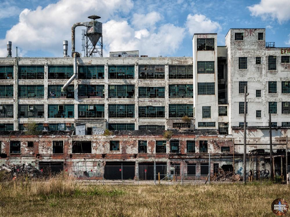 Abandoned Fischer Auto Plant, Detroit - Matthew Christopher's Abandoned America