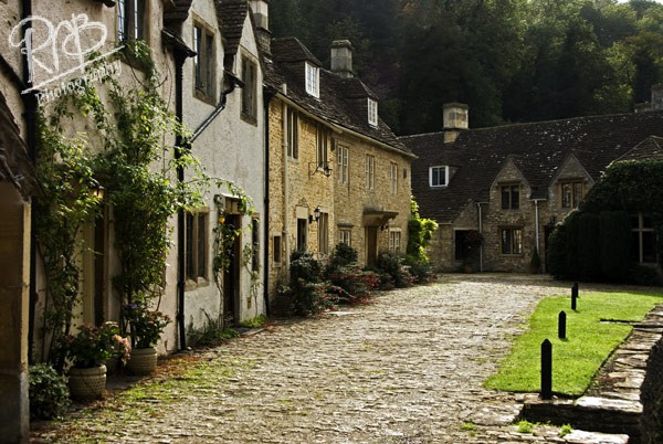Castle Combe Houses - Wiltshire & West Country Landscapes